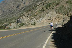 cycling-1401407-639x424